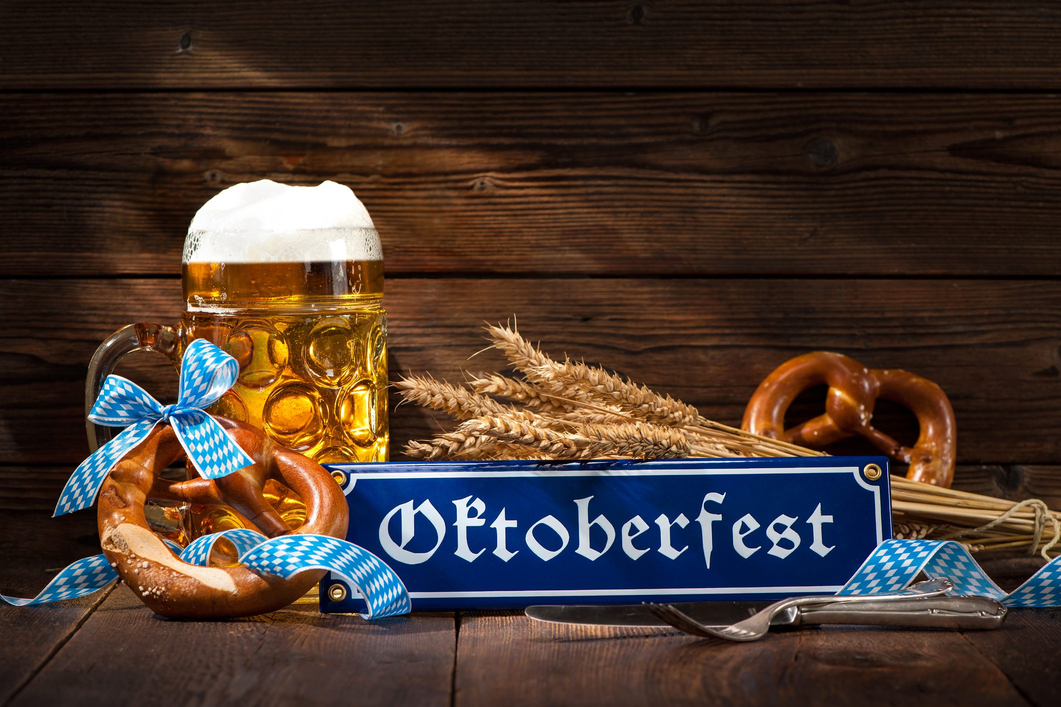 Original bavarian pretzels with beer stein