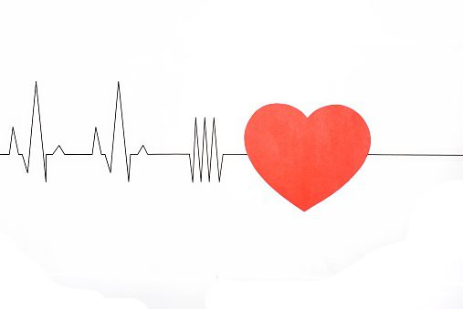 Cardiogram with red heart ThinkstockPhotos-898373612